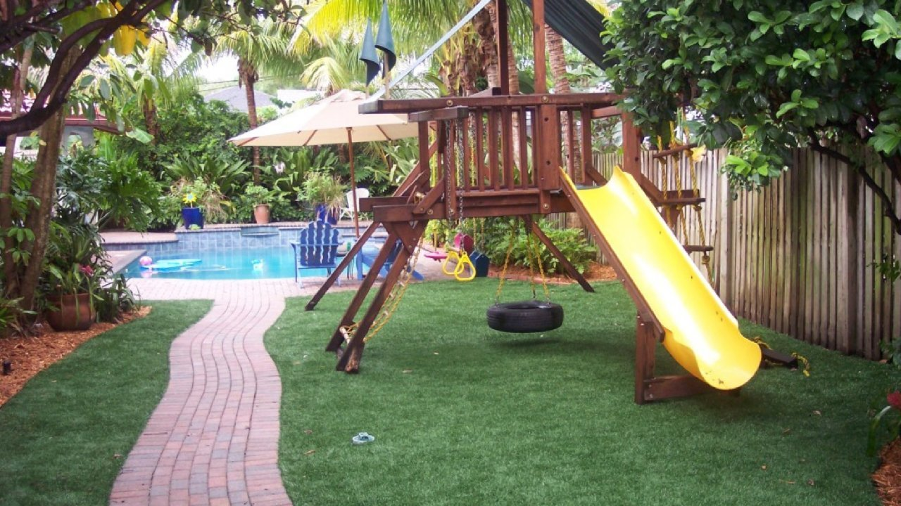 playground artificial turf for kids at ideal turf