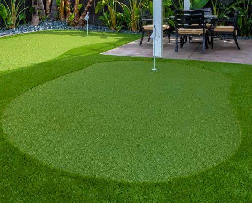 backyard putting green, ideal turf