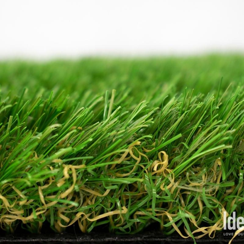 Amazon 106 closeup of artificial turf