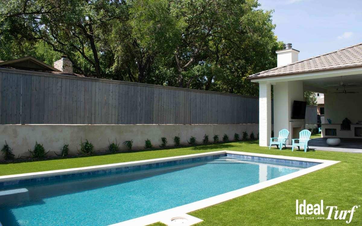 Backyard Landscape Turf with Pool