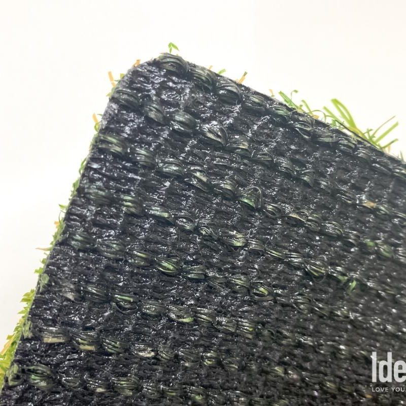 "Nile 70 artificial turf ""Cascade Backing System"" Closup"