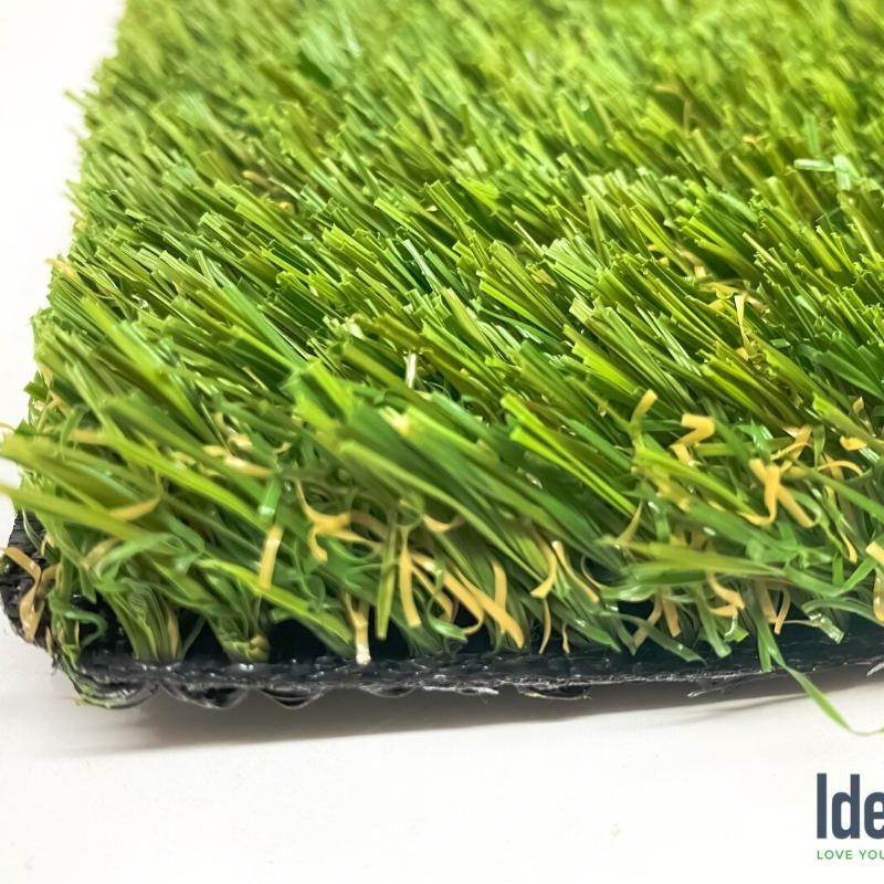 Nile 70 artificial grass side view closeup