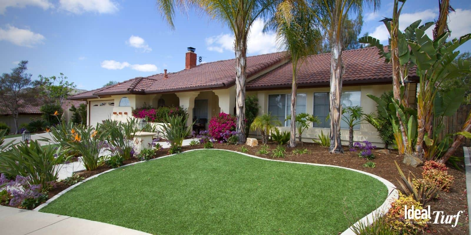 Artificial turf front yard lawn